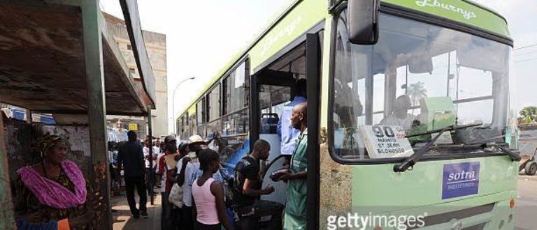 Article : Bus de la Société des transports abidjanais (Sotra),  On se bouscule malgré tout